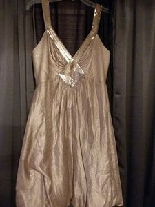 NWOT BCBG MAXAZRIA  DRESS SIZE 8